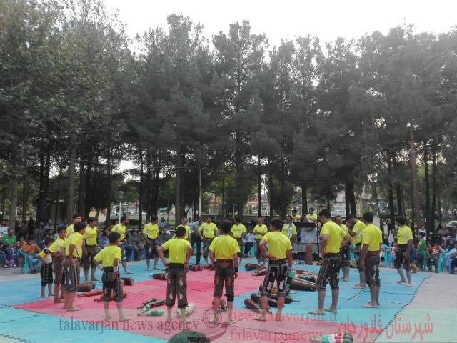 جمعه ورزشی با حضور  هیأت ورزش باستانی و زورخانه ای شهرستان فلاورجان