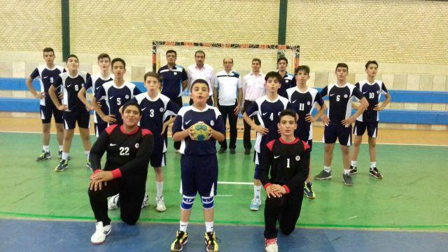 قهرمانی تیم هندبال دانش آموزی استان اصفهان در مسابقات کشوری با حضور دروازه بان فلاورجانی