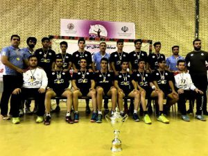 00000 066 300x225 - قهرمانی تیم هندبال فلاورجان در رقابت های هندبال جوانان کشور/فلاورجان مهد هندبال ایران