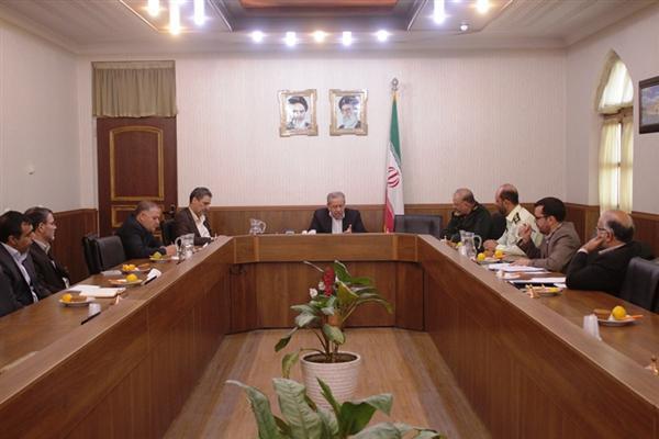 566 1 - استاندار اصفهان خبر داد: تشدید برخورد با اتباع خارجی غیر مجاز در استان