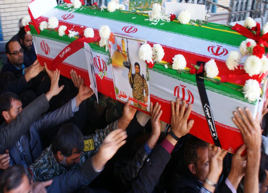 فیلم :تشییع و خاکسپاری شهید مدافع حرم محمد خلیلی در فلاورجان