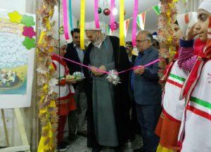 30519085500 305 300x217 - گزارش تصویری: مراسم افتتاحیه نمایشگاه کتاب در مدرسه سید مرتضی پیربکران