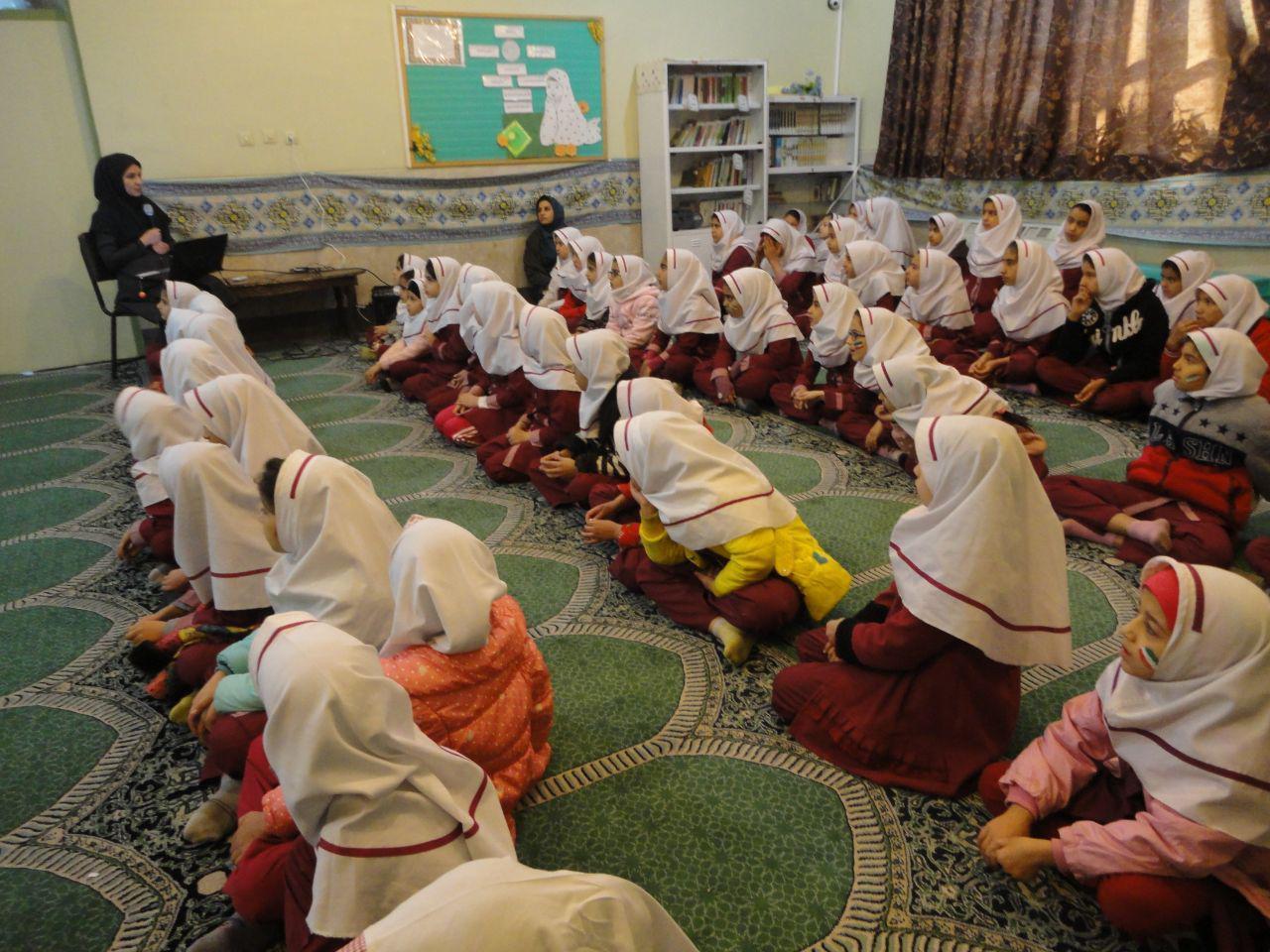 اجرای طرح محیط یار در مدارس شهرستان فلاورجان