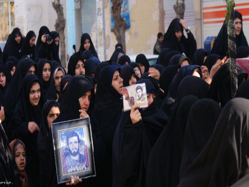 تشییع سه شهید گمنام در شهر قهدریجان +فیلم