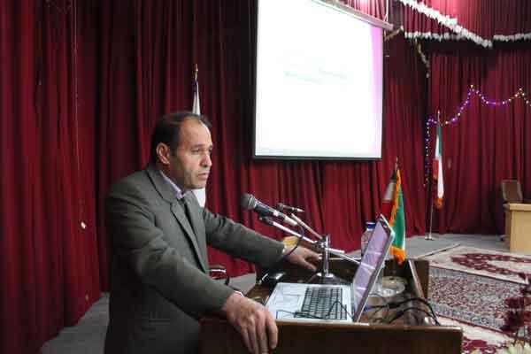 اخذ گواهی ممتاز داوری مقالات بینالمللی مجله الزویر توسط  استاد دانشگاه آزاد اسلامی فلاورجان