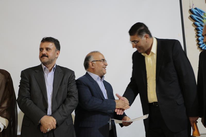 مراسم تودیع  اصغر هدایت و معارفه سرپرست فرمانداری شهرستان فلاورجان  برگزار شد+تصاویر