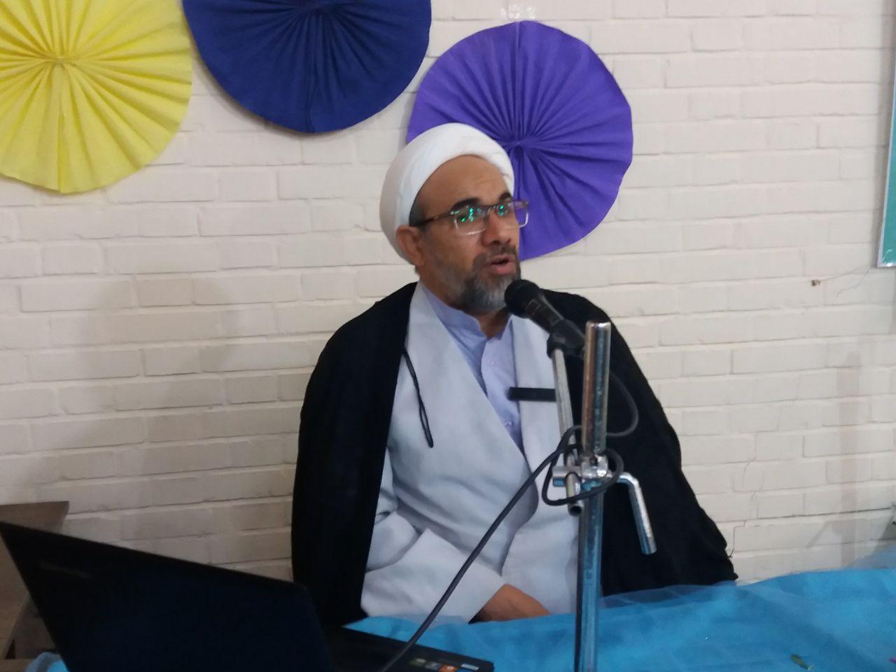 همایش نقش فرهنگ درمقابله باجنگ نرم ویژه مدیران هیات مذهبی شهرستان فلاورجان برگزارشد