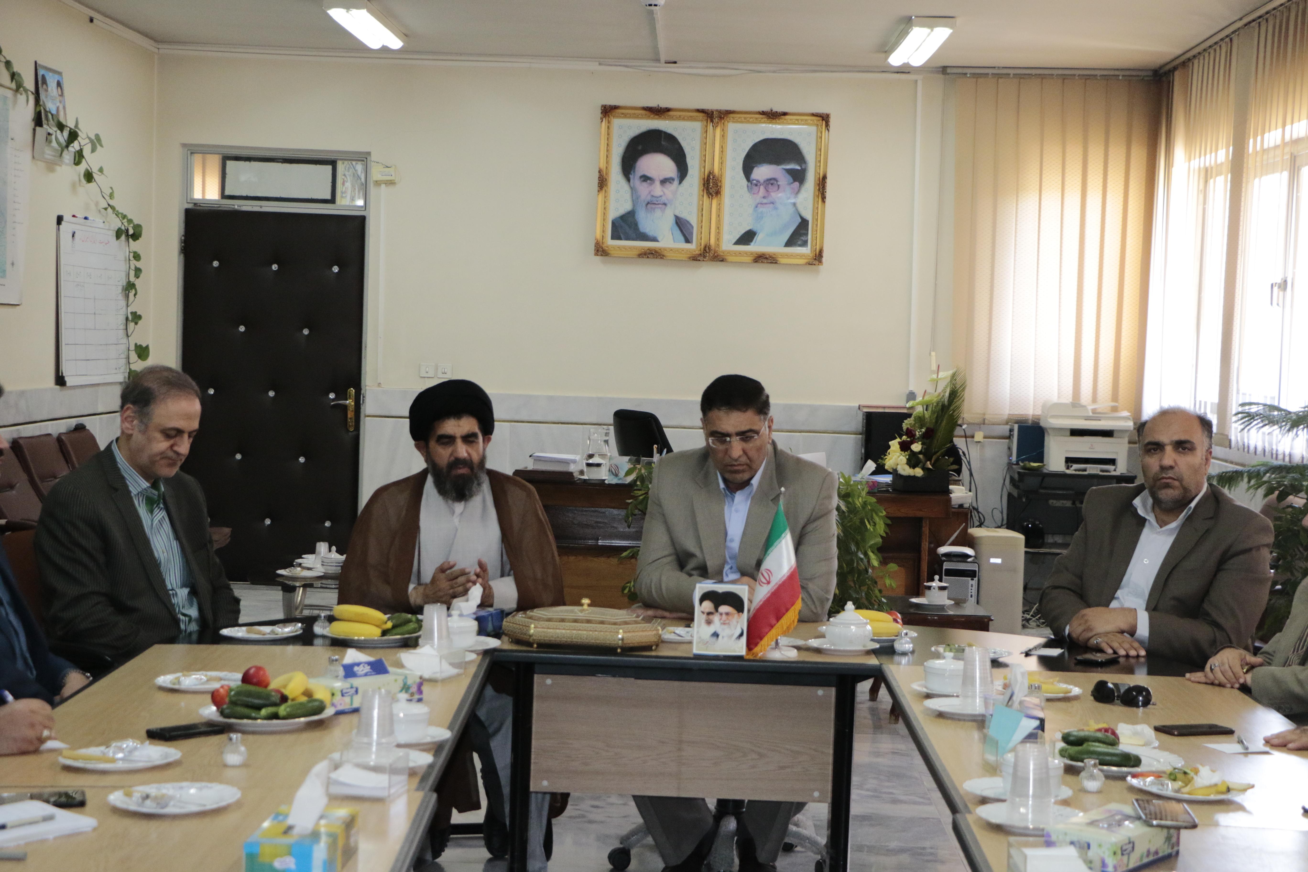 مدیرکل امورمالیاتی استان اصفهان با ساعدی سرپرست فرمانداری فلاورجان دیدارکرد