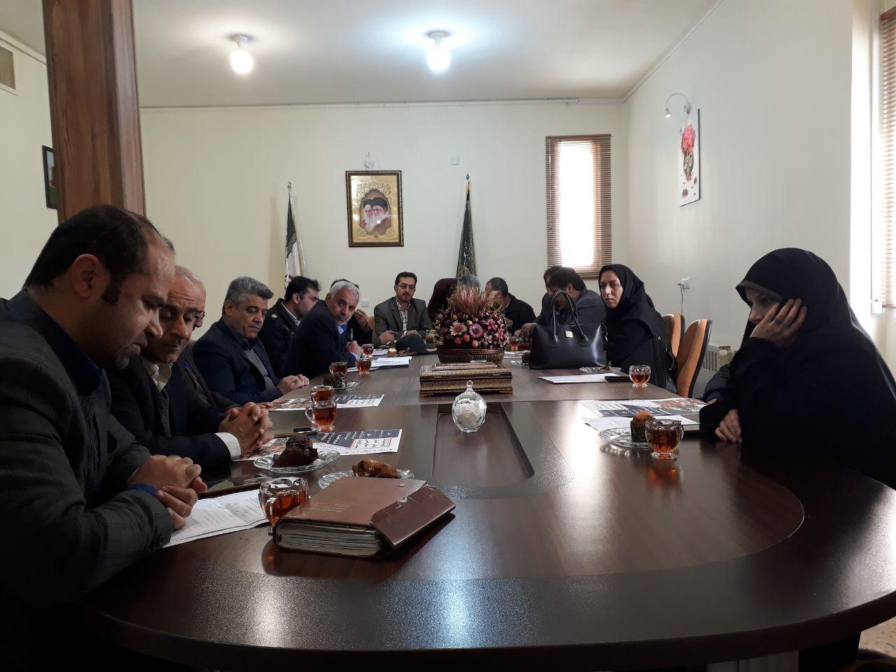 دومین جلسه کمیته ی فرهنگی تبلیغات قانون مبارزه باقاچاق کالا و ارز شهرستان فلاورجان برگزار شد