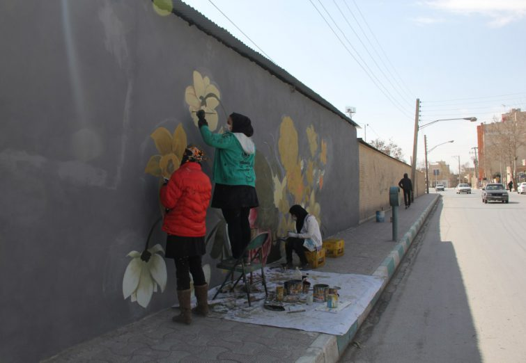 زیبا سازی دیوارهای سطح شهر فلاورجان+تصاویر