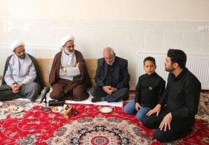 کمک مقام معظم رهبری به نیابت شهید محسن صفری به مهدیه درحال ساخت در دشتچی