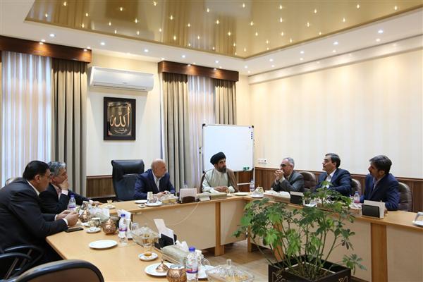 با حضور استاندار اصفهان، مسائل و مشکلات شهرستان فلاورجان مورد بحث و تبادل نظر قرار گرفت