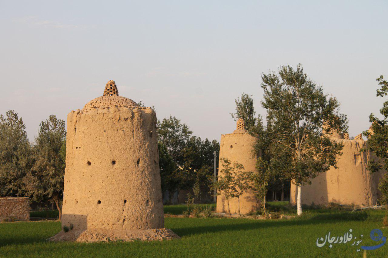 برنامه ریزی استقبال از گردشگران در اردیبهشت ماه  در روستای تاریخی هویه
