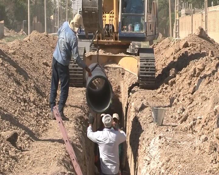 اجرای طرح خط انتقال آب زازران به خمینی شهر