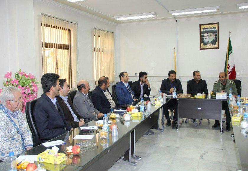 برگزاری جلسه فرماندهان پایگاه ها و شورای امر به معروف ادارات  در شهرداری فلاورجان