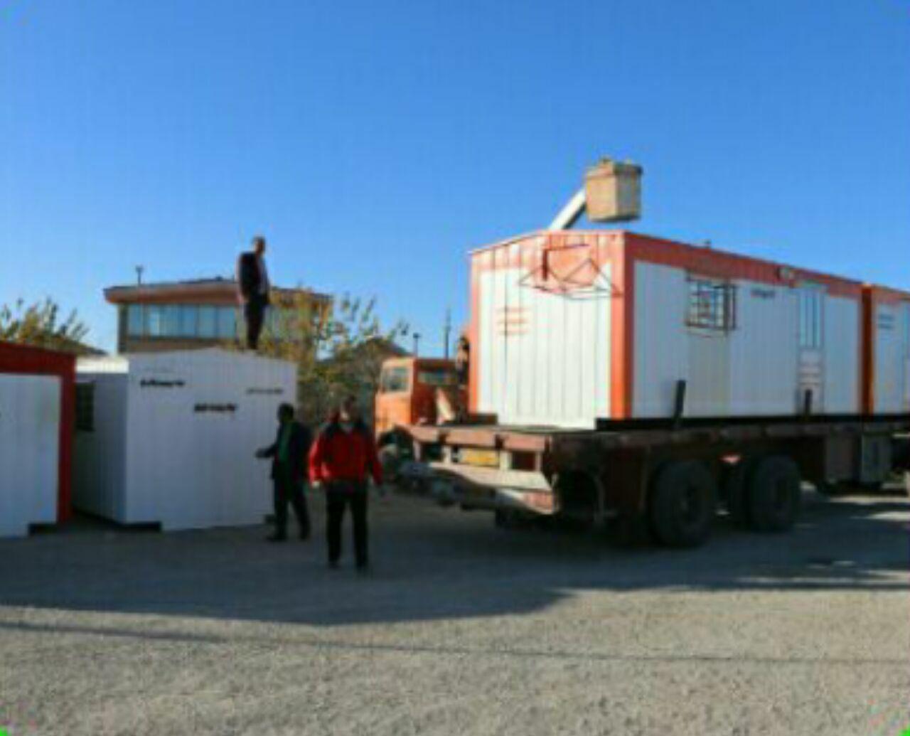 ساخت ۷۲ کانکس اهدایی به زلزله زدگان کرمانشاه با نام ۷۲ تن از شهدای والامقام کربلا در فلاورجان