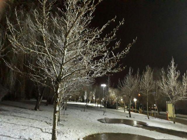 بارش نخستین برف زمستانی در فلاورجان بعد از پاییزی خشک